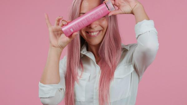 JUST IN PINK GLAMOUR SHAMPOO.